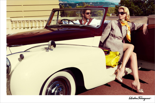 Salvatore FerragamoSpring Summer 2010Claudia Schiffer by Mario Testino More photos like this on http://iamhazelle.tumblr.com. :)