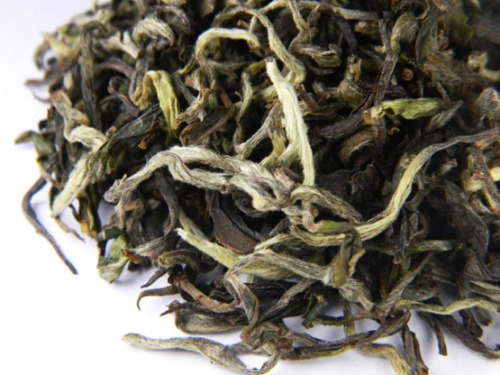 Turzum SFTGFOP1 Clonal Delight First Flush 2012: Tea-spring is here, can't wait to taste this! ^^