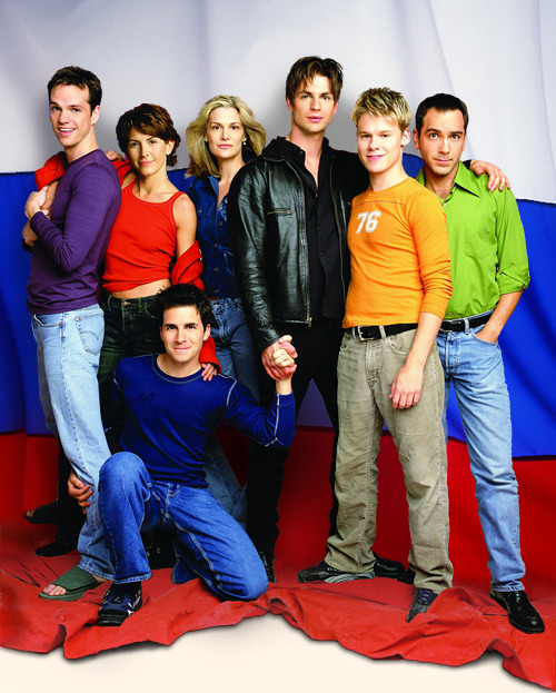 fuckyeahqaf:  Have you noticed how in most group shots, wether official promo or appearences, they usually are all physically connected? As in hold hands, arm over shoulder, etc and in such a way that each person is connected to atleast one other person?