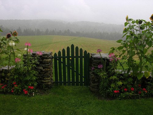 bluepueblo:   Meadow Gate, The Green Mountains, Vermont photo  by placeinsun