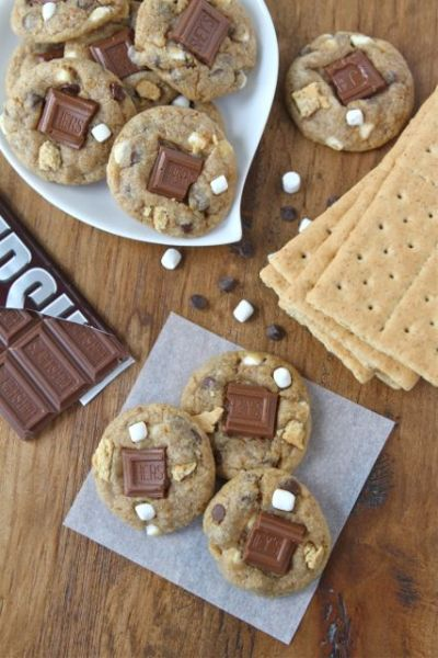 thecakebar:  Mini Smores Cookies! (recipe)