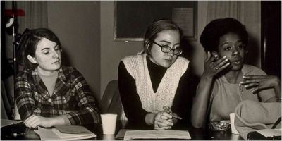 Late 1960s Hillary Clinton with classmates at Wellesley College (via 13 Awesome Vintage Photos Of Hillary Clinton)