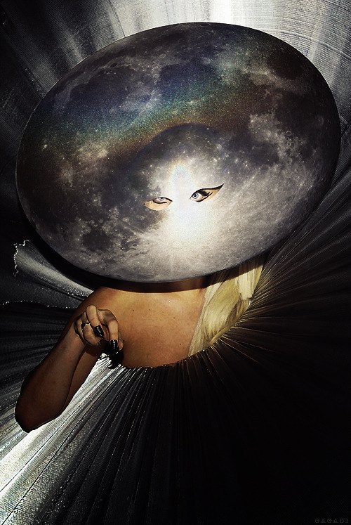 artpoplikeladygaga:  you're the universe to me