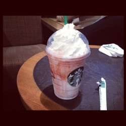 365 Days of Food - Day 100 #food #drink #starbucks #strawberry #cream #frappuccino  (Taken with instagram)
