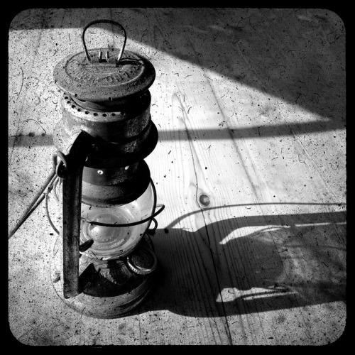 Lantern B+W on Flickr. A recent through the viewfinder shot through the lens of a Kodak Duaflex.