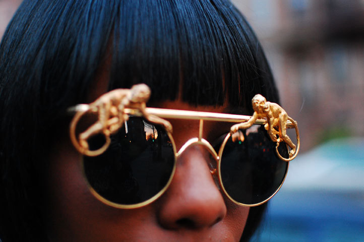 what-do-i-wear:  Mercura sunglasses. (image: joylovesfashion)