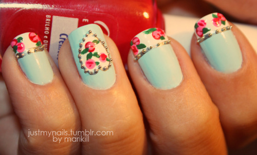 justmynails:  My romantic nails :) Inspired in: http://onenailtorulethemall.tumblr.com/post/17334240706/valentines-rose-nails-that-my-stupid-phone