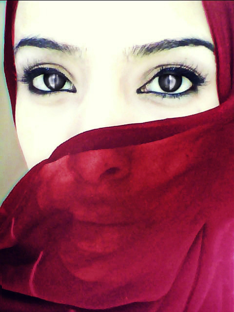 me deep red hijab 2