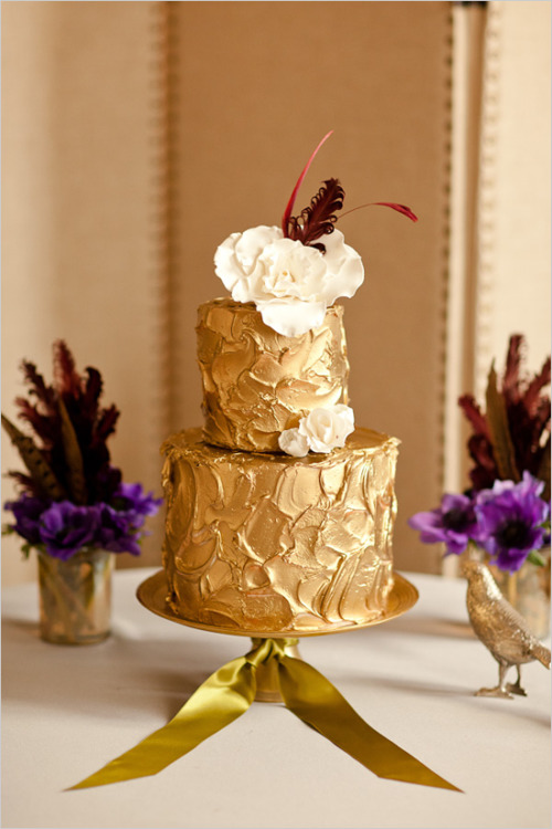 With this shimmery gold wedding cake, how much more luxury you can get? Pair it with purple or dark red and you will get a nice combination. CATEGORY: Wedding Cake CREDIT: Kristine Bender of K Rose Cakes, Wedding Chicks