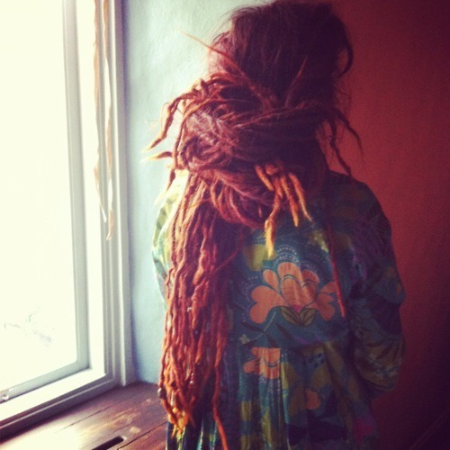thedreadfaerie:  awesome dreads and gorgeous pic! ^_^