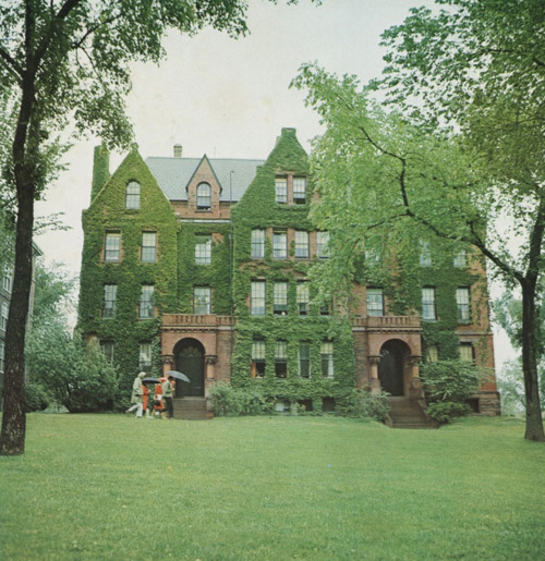 ivyinspired:  Brown's Campus in Take Ivy