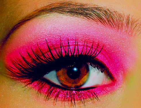 don't hate. i love me some neon pink eyeshadow.