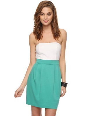 What a cute dress for $13.50! (via Strapless Combo Dress | FOREVER21 - 2000038979)