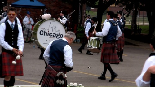 City of Chicago Pipe Band warming up before competition