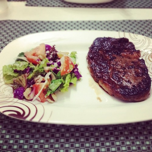 @meganbata grilled up some rib eye steak and I made an arugula salad! #yummyinmytummy  (Taken with instagram)