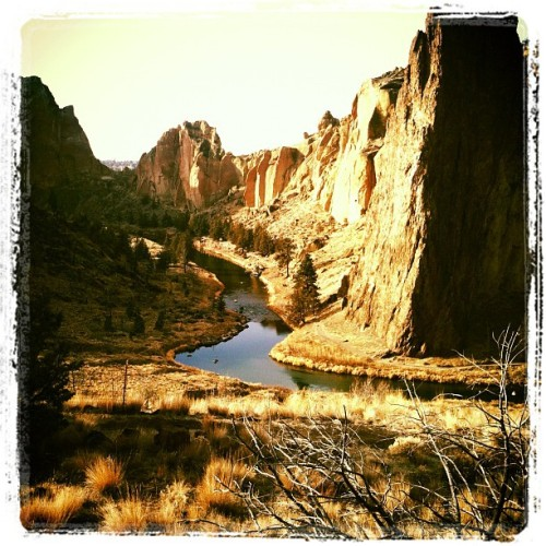 #SmithRock #CentralOregon #Bend #Oregon #picoftheday #photooftheday  (Taken with instagram)