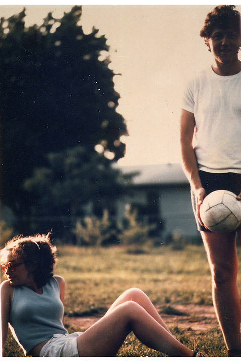 Young Hillary and Bill. Arkansas, 1975 (via Marbury: careless youth)