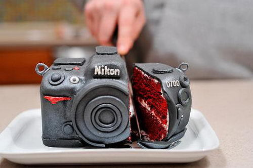 CREATIVE CAKE OF THE DAY  You've got to love this camera cake, with red velvet centre and intricate icing detail. Classic and creative!