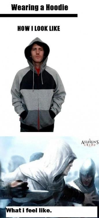 Reminds me of my boyfriend; he has a grey dressing gown with a hood… XP