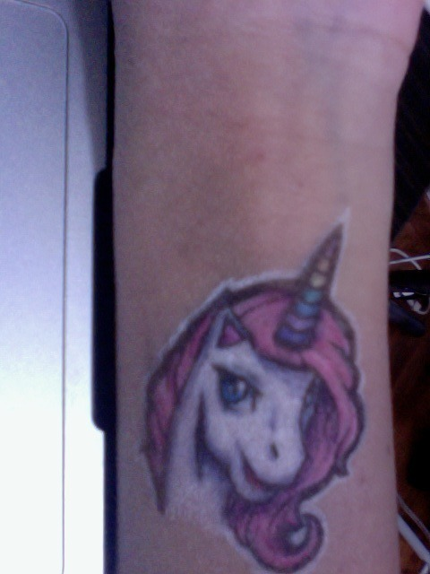 This is the unicorn drawing that  My Amazing Friend drew on my arm, that i mentioned earlier. It's a horrible photo becausethe drawing is positioned at a rather awkward position which makes it impossible to take a good shot of it. I love it so much i want to get it inked on!