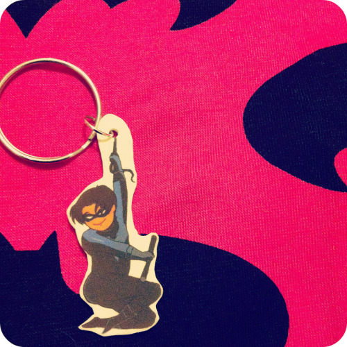 Anime Boston swag: Nightwing keychain (by soltian) Dick Grayson mastered the booty tooch.