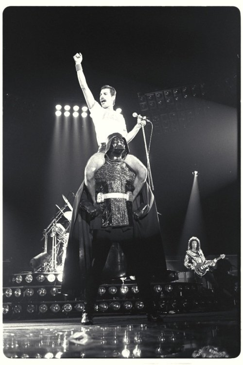 danishprinciple:  1980 Queen The Game Tour / Freddie Mercury Sitting on Darth Vader's Shoulders
