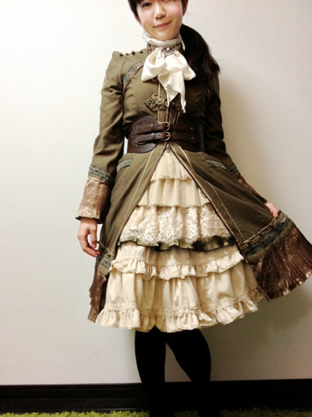 crystaline:  my steampunk lolita coordinate a little multiculturalism  *gnee* <3