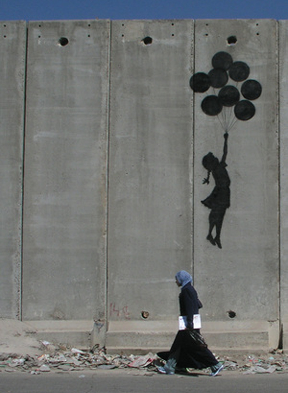 rust-neversleeps:  Banksy Ballon girl on Gaza wall