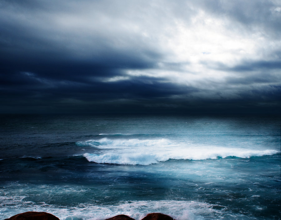 petitpoulailler:  vmburkhardt: Storm at Sea by ArwenArts