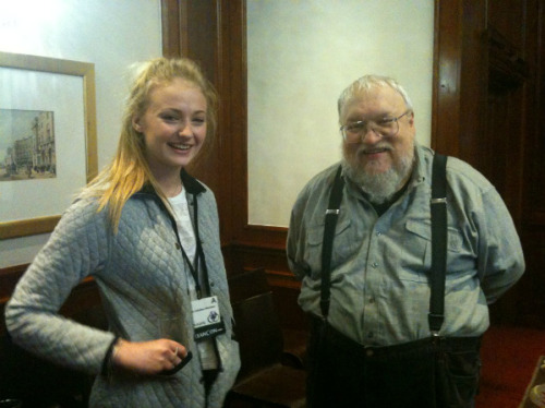 captainofindustry:  Sophie Turner and George R.R. Martin at Eastercon 2012. She stopped by for a little bit to hang out with the fans and see GRRM and his wife. She's a doll.
