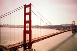 SAN FRANCISCO GOLDEN GATE BRIDGE 2012 DSLR Photography Shot taken during my vacation in da Bay Area. I always wanted to take my own picture of the Golden Gate Bridge. Dis past weekend I finally got my chance to take it and now i'm sharing my very own version of dis bridge.