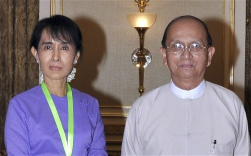 "crisisgroup:   Telegraph: Aung San Suu Kyi meets Burma's president after election win The two met at the president's official residence in the capital Naypyidaw and were expected to have lunch with Thein Sein's family, according to her aides.   It was her second meeting with the former junta prime minister since he took office last year, marking the end of nearly half a century of outright military rule.   When asked by AFP earlier, Suu Kyi declined to say what she expected would be discussed during the closed-door talks, which a government official earlier described as ""a private meeting"".   The veteran dissident has rejected suggestions that she could enter government after her by-election victory.   But she has not ruled out taking on an advisory role, particularly on the subject of the ethnic minority conflicts that have gripped parts of the country since independence in 1948. FULL ARTICLE (Telegraph)"