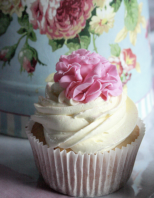 TRY: I love the icing peony on this cupcake! Such a cute idea.