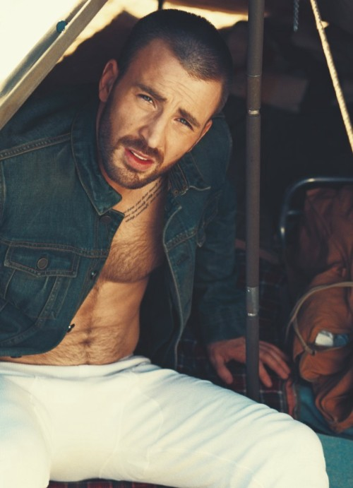 yellowasian:  Chris Evans