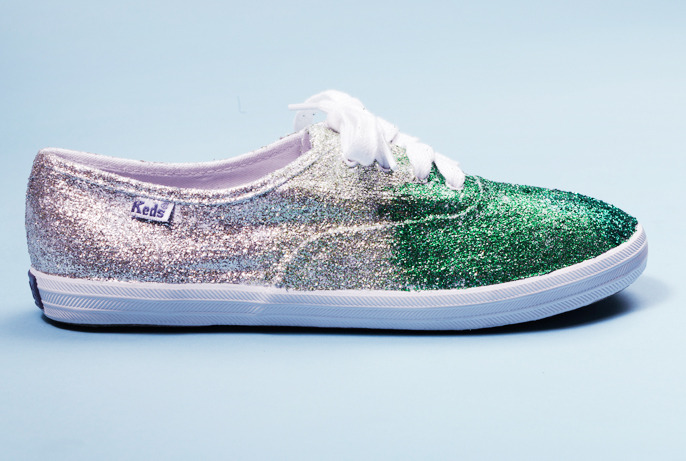 teenvogue:  These ombre glitter sneakers are really easy to make, and will transform any plain white sneaks into the perfect party shoes. Wear these to prom and you'll be the sparkliest (and most comfortable) girl in the room! Learn how to DIY here »
