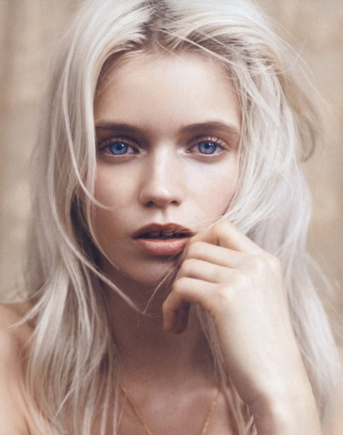 thebeautymodel:  Abbey Lee Kershaw by Lachlan Bailey for Vogue China.