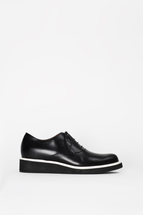bostonroll:  3.1 Phillip Lim spring 2012 steadman oxford Kind of a blatant copy of the Undercover creepers from last fall, but still fucking good.