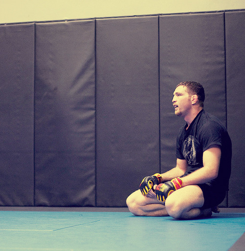 "dont-be-scared-homie:  Jason ""Mayhem"" Miller gets ready for UFC 146 fight with CB Dollaway  I'll always reblog Mayhem. Really hope he smartens up and gives the fight all he's got. I don't want him to retire."