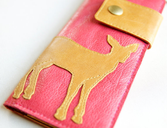 (via Leather Wallet in Coral Pink aka The Abigail by RobbieMoto on Etsy)