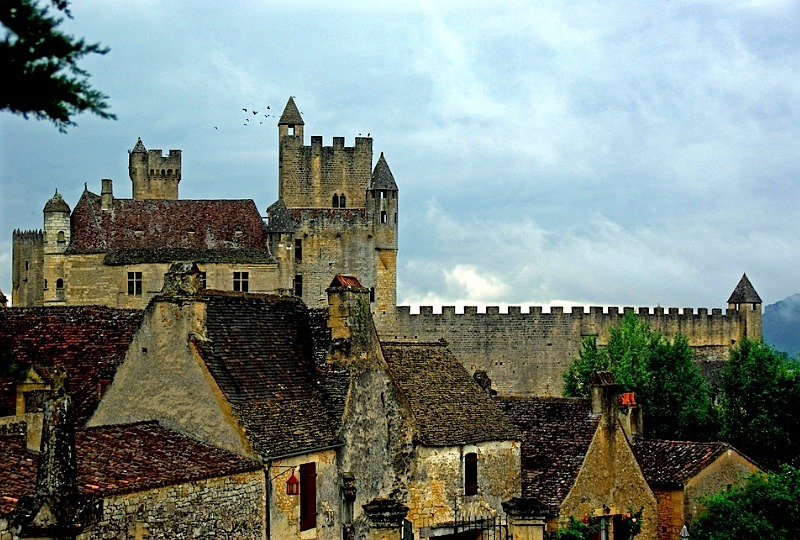 | ♕ |  Beau Village Beynac - Dordogne, France  | by © PierreG_09