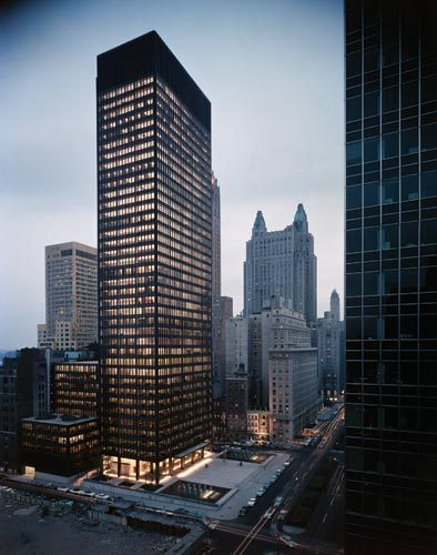 transceiverfreq:  vtrvn:  Seagram Building  yes.