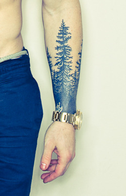 dude this IS HOT!   i think i found my tatt