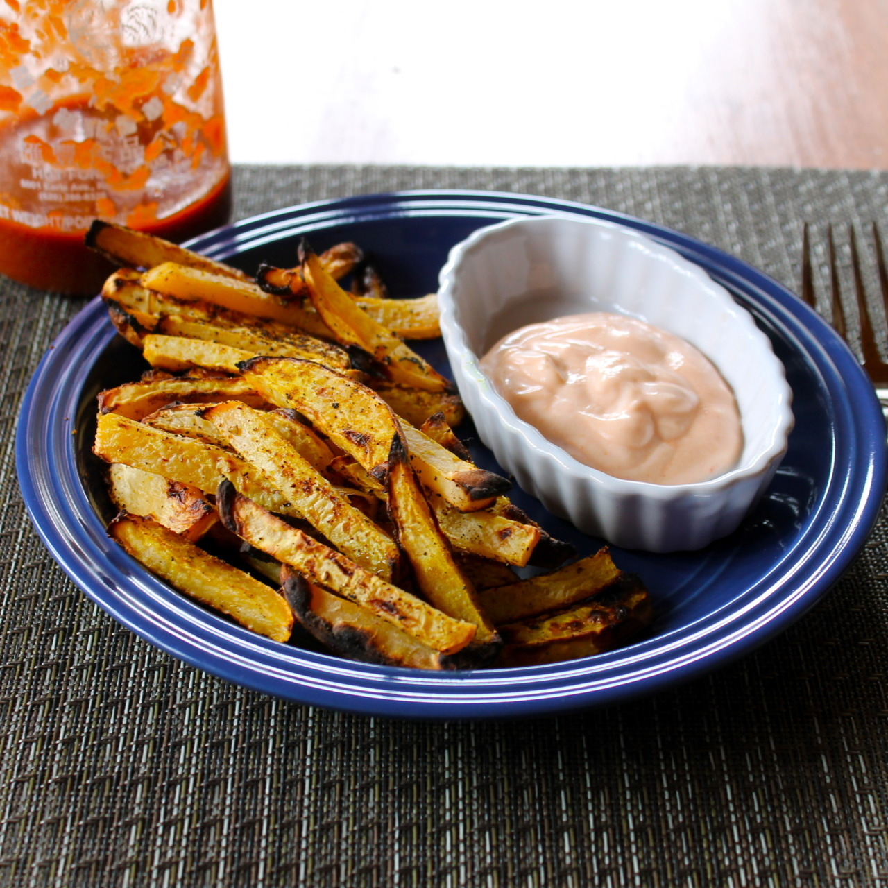 prettybalanced:  Spicy Baked Turnip Fries