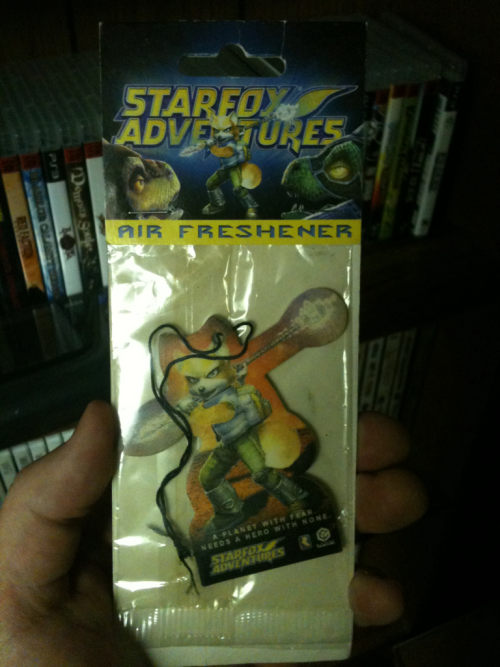 scaryrobotman:  Star Fox Adventures air freshener promo from 2002. I keep the weirdest shit.  Honestly, I think the weirdest Star Fox promo item would have to be the… ahem… Assault and Peppy shakers.