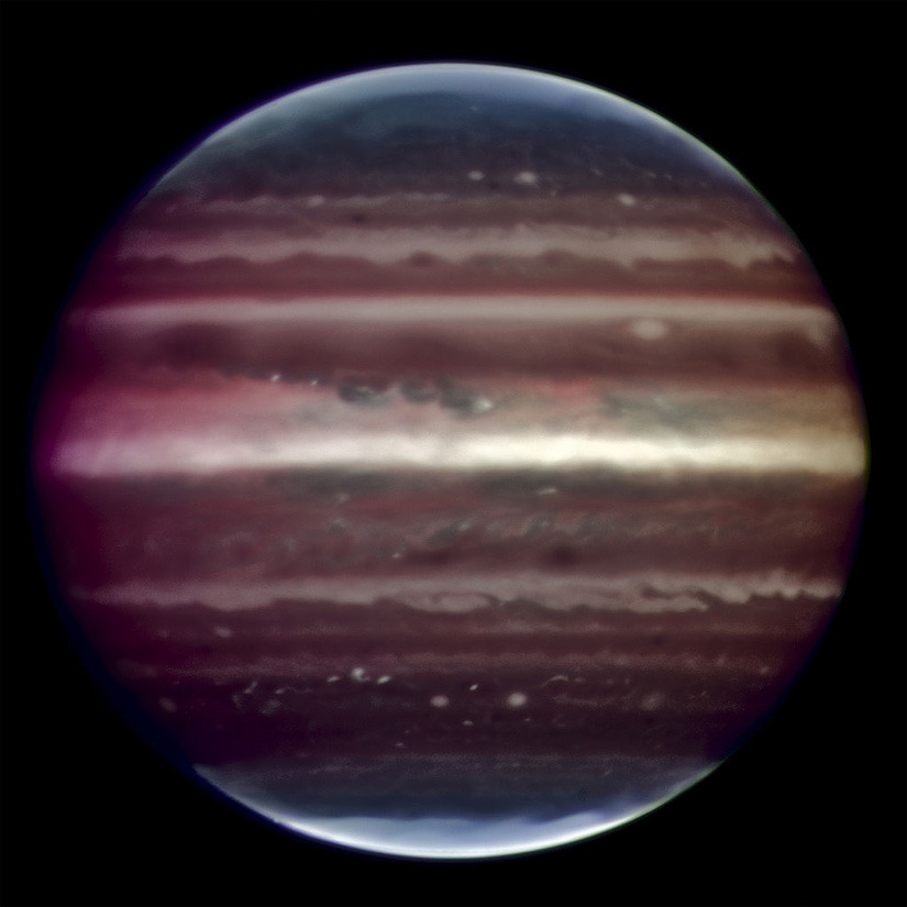 the-star-stuff:  IS JUPITER EVIL? The gas giant is widely regarded as Earth's protector — but this may only be half of the story. Using its gravitational dominance to 'vacuum' errant space rocks, Jupiter is often hailed as Earth's protector. However, it is known that comets' orbits have been modified by Jupiter's gravity, sending them our way. Credit: ESO