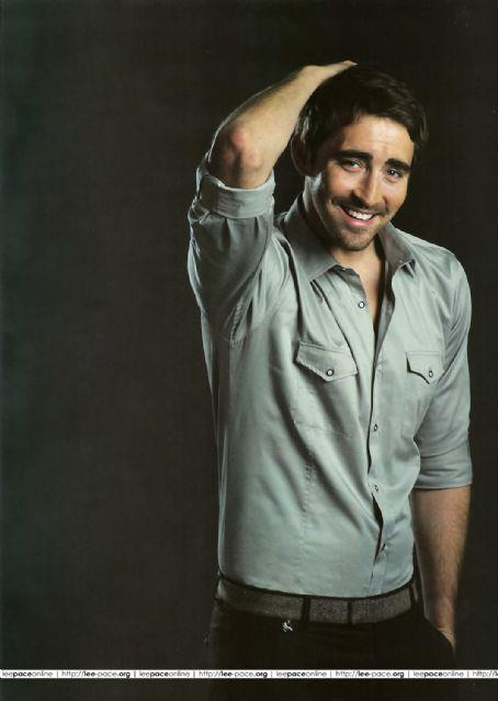 Oh, Lee :) why'd you have to be so beautiful?