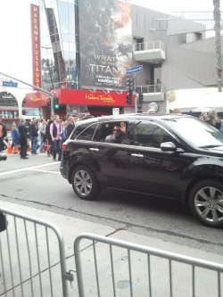 meganphntmgrl:  Jeremy Renner greeted us by rolling down his window first.