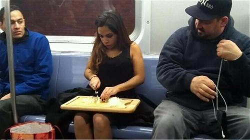 clavid:  ay-drian:  hold up lemme just cut these fucking onions on the train ok  she looks so stressed like if she doesn't cut those onions jigsaw is going to make her cut off her leg  both of the guys' faces though