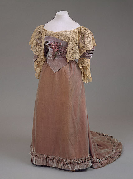Worth dress of Empress Maria Fyodorovna, 1892 From the State Hermitage Museum