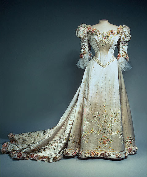 Evening dress of Empress Alexandra Fyodorovna, 1900's From the State Hermitage Museum